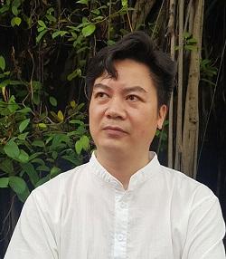 Nhà thơ Nguyễn Quang Hưng